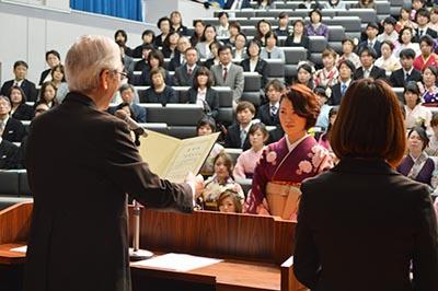 日本看護系大学協議会より、卒業生代表表彰